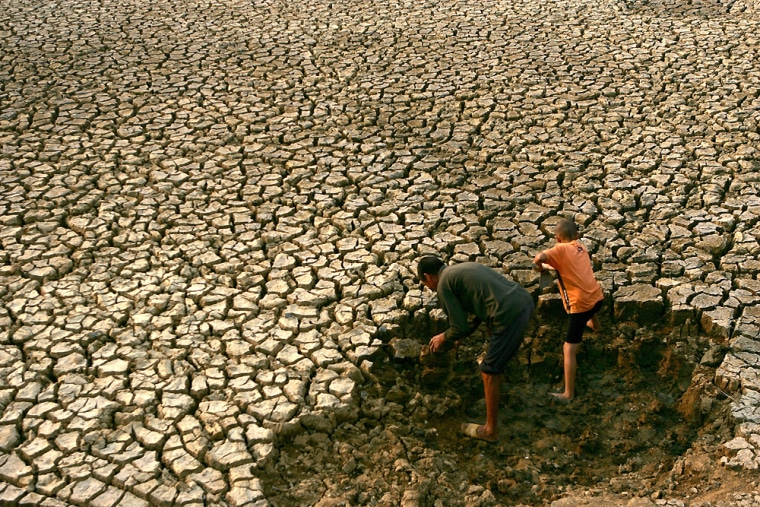 7.5m Chinese Hit by Drought