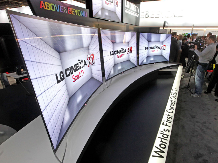 Image: LG's first curved OLED TV