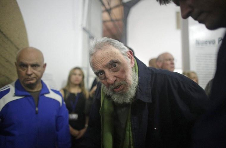 Image: Fidel Castro Makes Rare Public Appearance In Havana