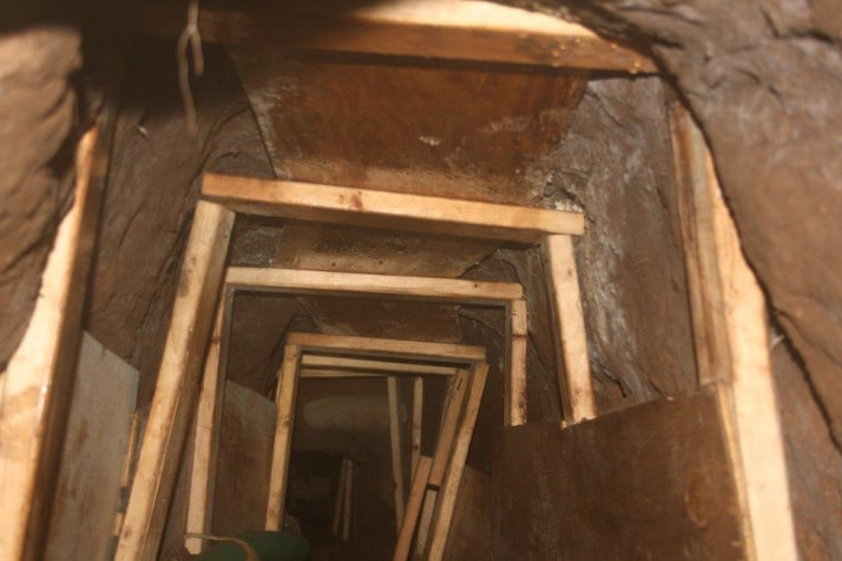 Drug-smuggling tunnel discovered by federal agents in Nogales, Arizona