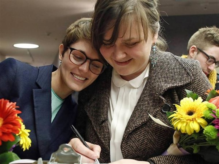 The federal government will recognize marriages performed in Utah after a judge struck down the state's same-sex marriage ban, Attorney General Holder said Friday.