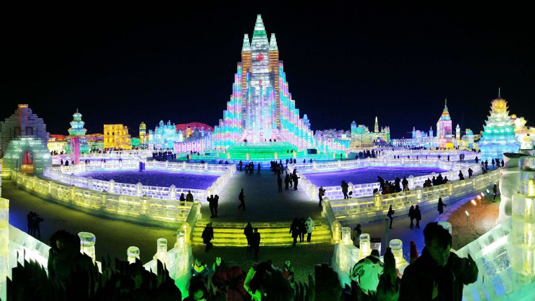 Image: China's Harbin Ice Festival