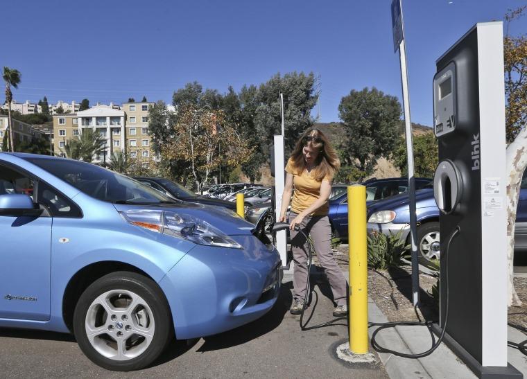 Image: Nissan Leaf plug-in vehicle