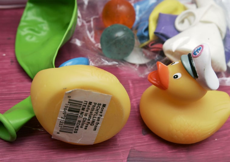 A new report says no major changes are needed to regulations on the chemical phthalate in toys.