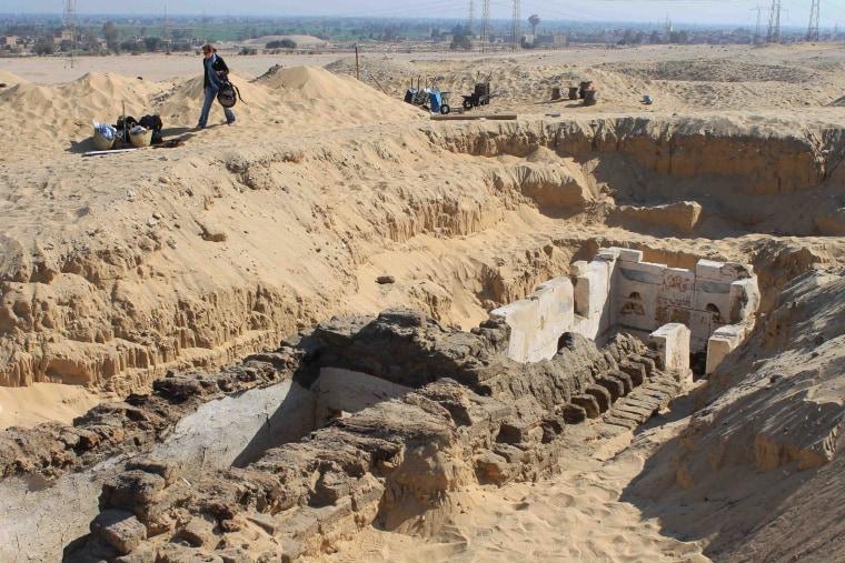 Tomb of pharaoh Senebkay at South Abydos.
