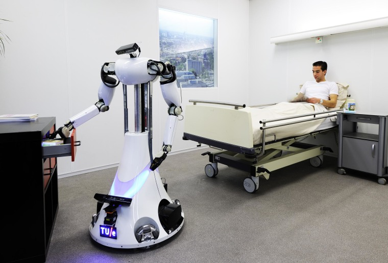 Amigo robot in the lab at Eindhoven Technical University