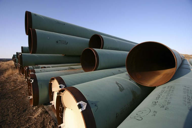 A new State Department report on the proposed Keystone XL oil pipeline finds that the project would have a minimal impact on the environment.