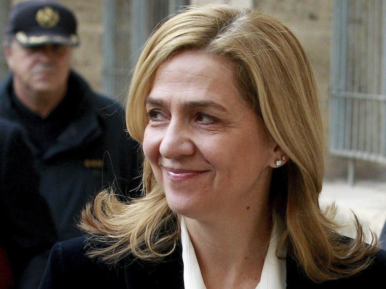 Image: Spain's Princess Cristina arrives at a court to testify in a corruption case