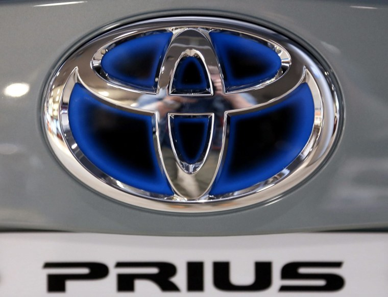 Image: Toyota to recall 1.9 million Prius cars over hybrid software