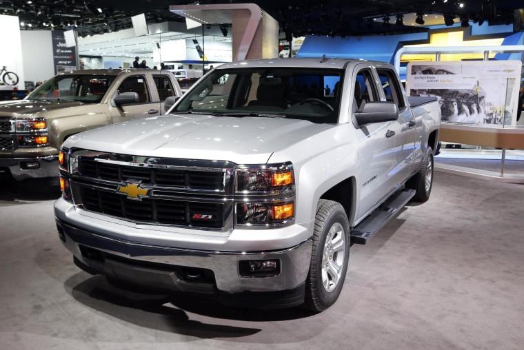 GM is offering discounts on some of its Chevrolet Silverado trucks.