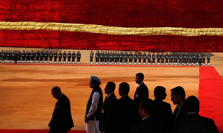 Image: Manmohan Singh, Pranab Mukherjee
