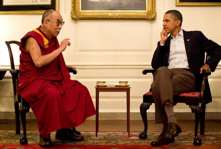 China Threatens Drama if Obama Meets the Dalai Lama