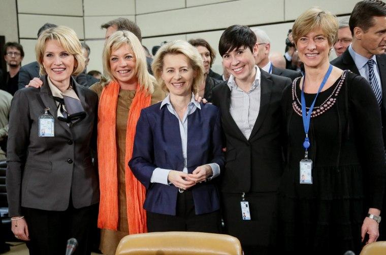 Image: NATO Defense minisiters meeting