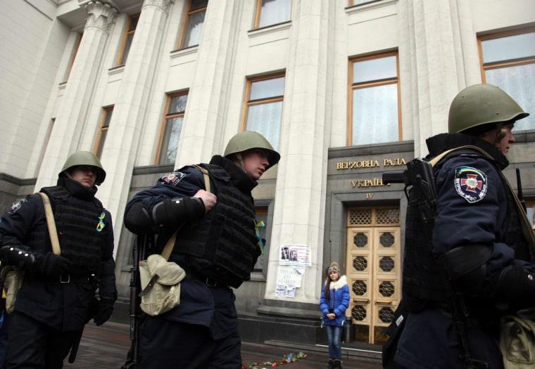 Image: UKRAINE-UNREST-RUSSIA-POLITICS-PARLIAMENT