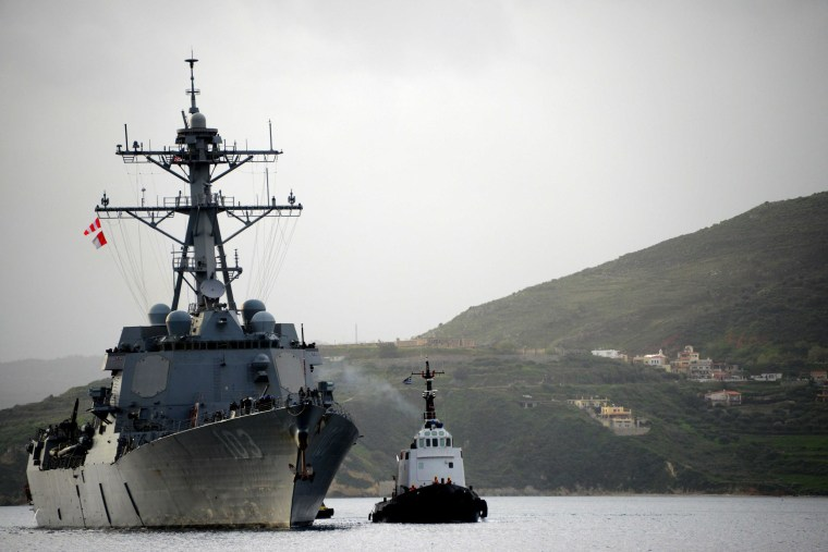 The guided-missile destroyer USS Truxtun