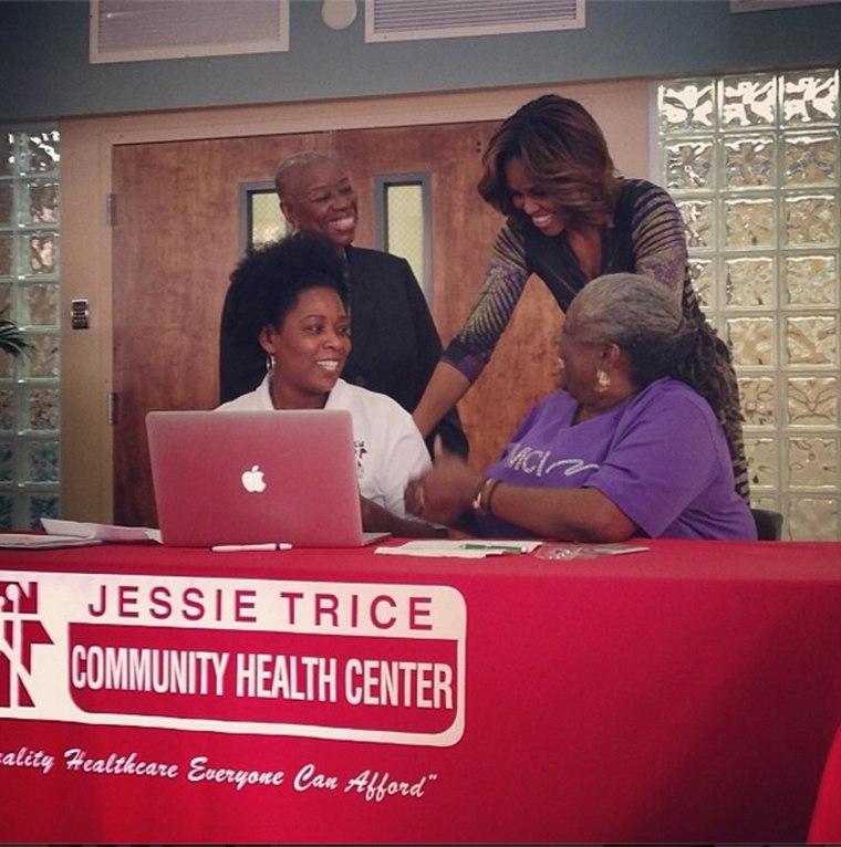 Michelle Obama pushes HealthCare.gov