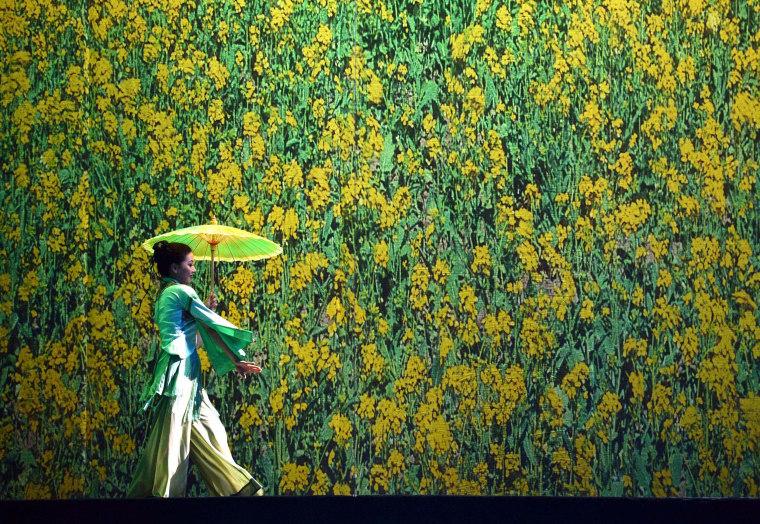 Image: US-CHINA DANCE-RED DRESS
