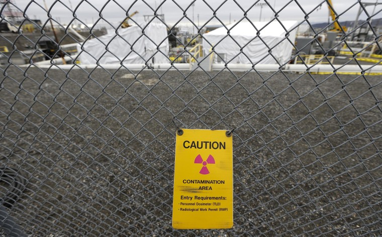 Image: Warning sign at the Hanford Nuclear Reservation