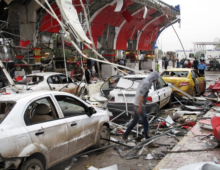 Minibus Packed With Explosives Kills 45 in Iraqi City of Hilla