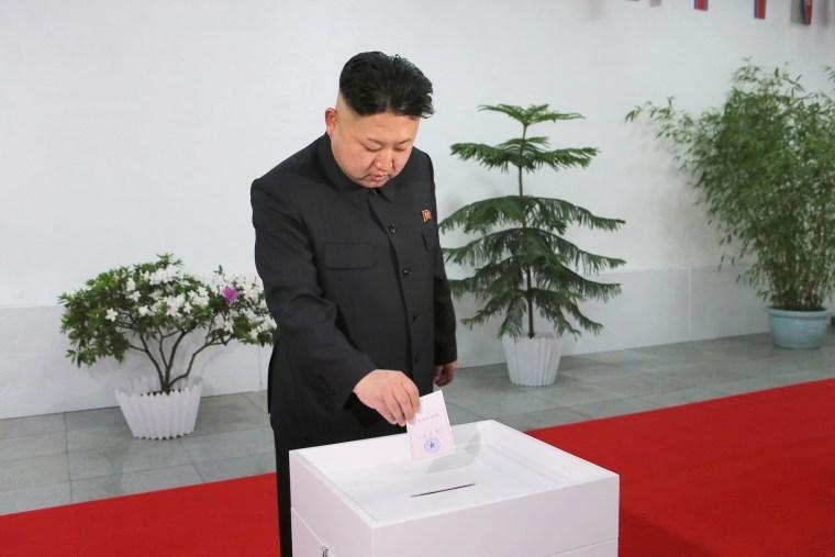 Image: Kim Jong Un casts ballot