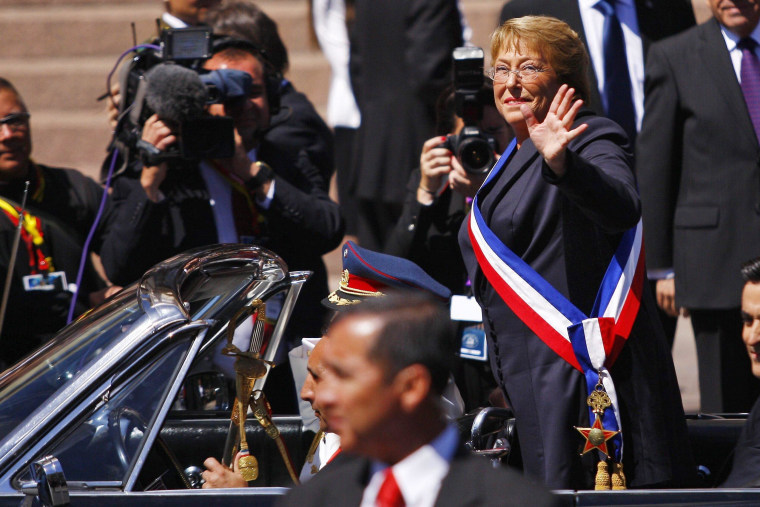 Image: CEREMONY OF INVESTITURE OF MICHELLE BACHELET