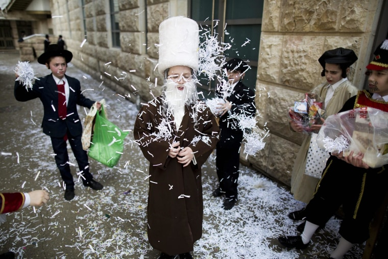 Image: Purim in the Mea Shaarim neighborhood in Jerusalem