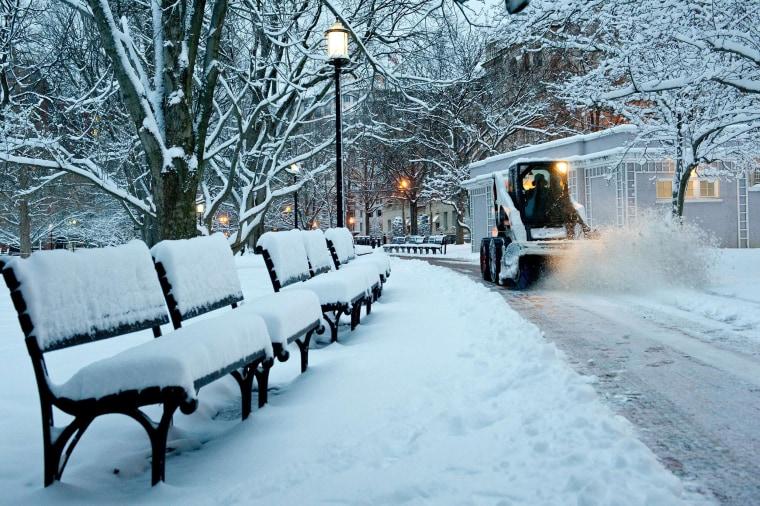 Image: TOPSHOTS-US-WEATHER-SNOWSTORM