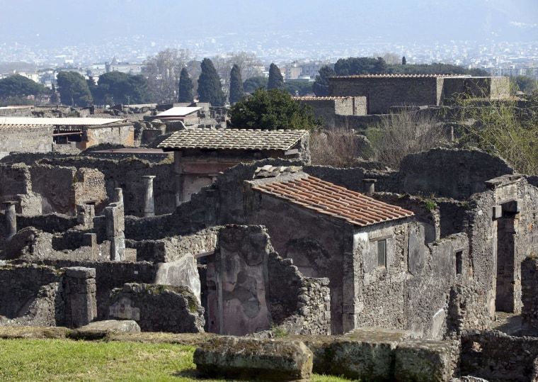 Image: ITALY-CULTURE-ARCHAEOLOGY-CRIME