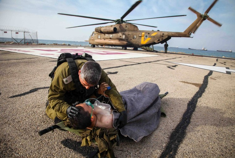 Image: Israeli soldier wounded on Syrian border evacuated to Haifa hospital by helicopter