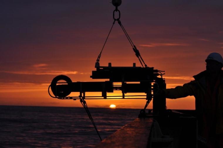 Image: Deep-ocean expedition