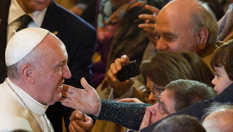 Image: Pope arrives to a prayer vigil for mafia victims