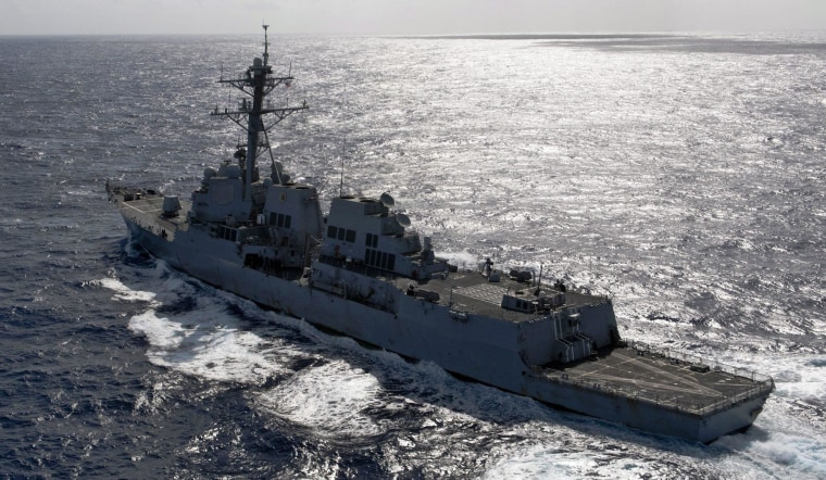 Image: USS Kidd deployed in search for missing MH370
