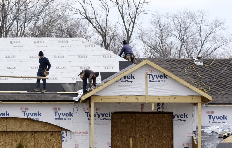 Sales of new single-family homes fell to a 5-month low in February, as cold weather and higher prices put off buyers.