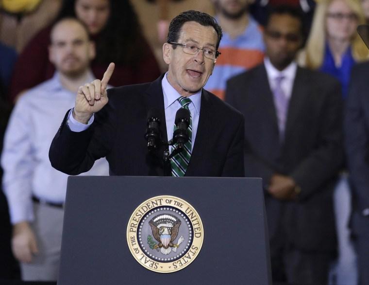 Connecticut Governor Signs Bill Raising Minimum Wage