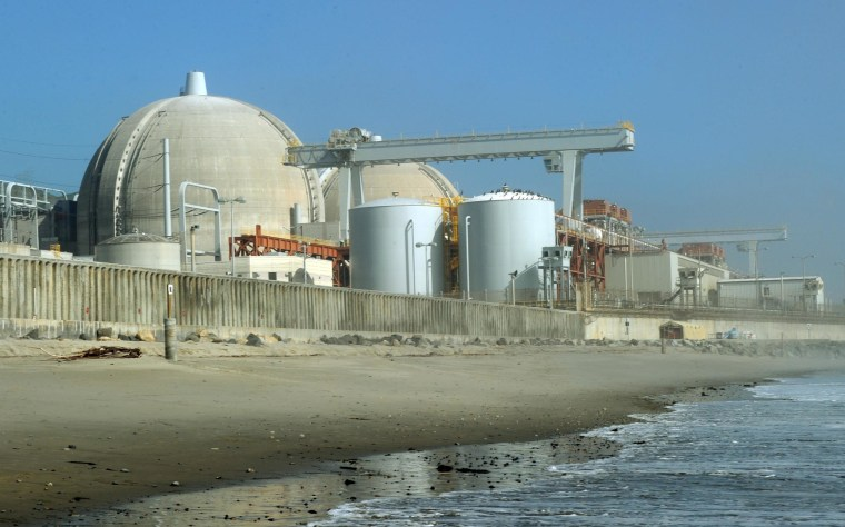 Image: San Onofre Nuclear Power Plant in 2011