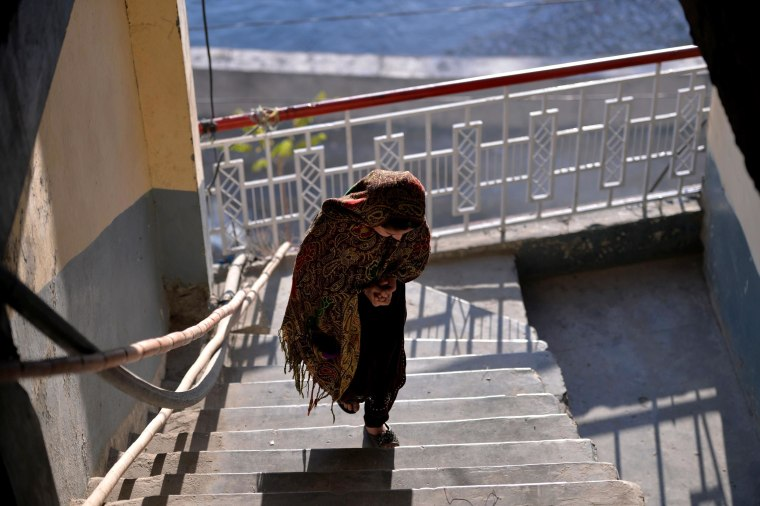 Image: Pakistani girl Saneeda escaped a forced marriage