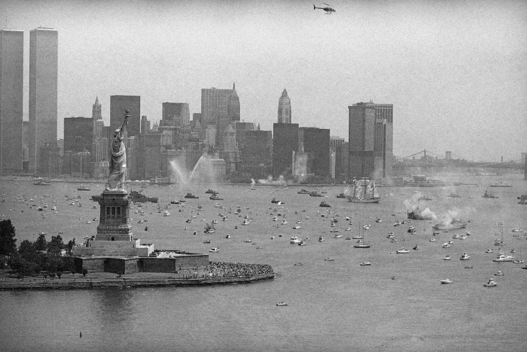 Image: Operation Sail in 1976 in New York City