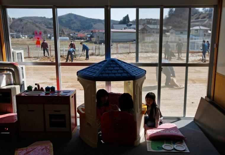 Fukushima Families Return to Homes in 'Hot Zone'