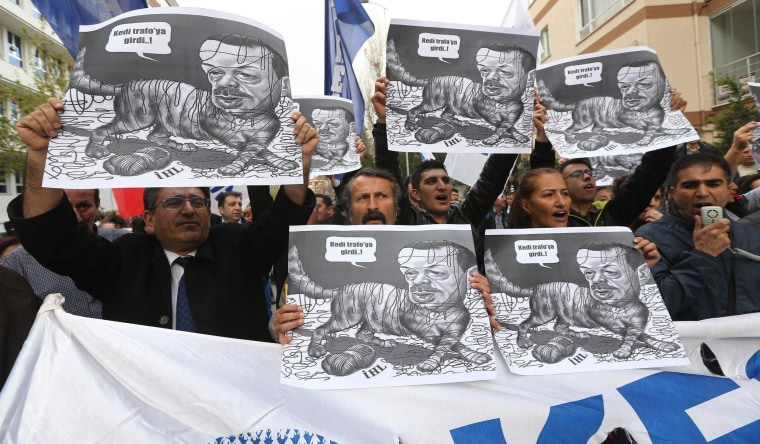 Image: TURKEY-POLITICS-DEMO