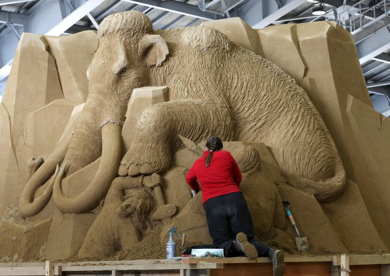 Image: Sand Sculptures Of Russia Exhibited In Tottori