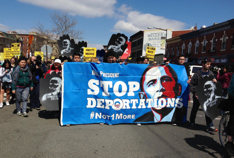 A march to the White House demanding President Barack Obama stop deportations gets underway Saturday.