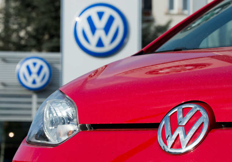 Volkswagen is halting the sale of 27,000 cars in North America because of a fault that can cause an oil leak