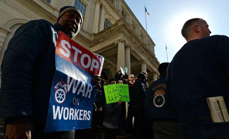 UPS rally on steps