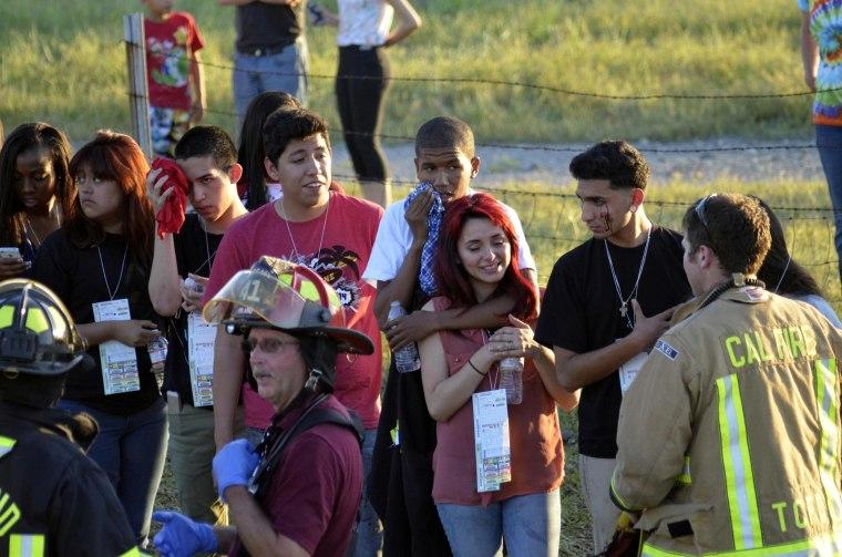 Image: Survivors at scene of crash near Orland, Calif.