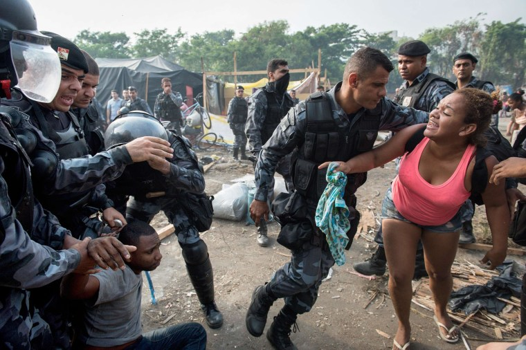 Image: BRAZIL-SQUATTERS-EVICTION