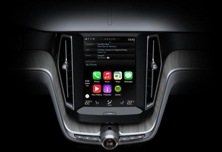 Apple's iPhone-like Dashboard Interface 'CarPlay' Demoed by Volvo