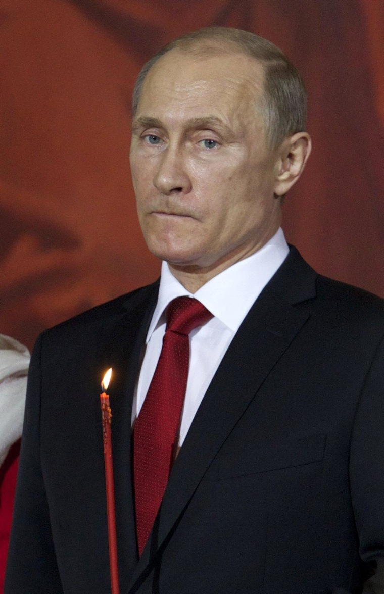 Vladimir Putin Fast-Tracks Citizenship for Russian Speakers