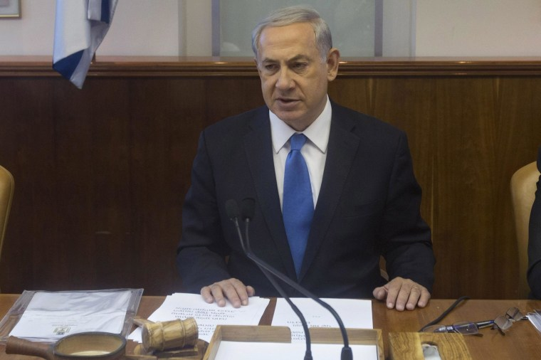 Image: Netanyahu at cabinet meeting in Jerusalem