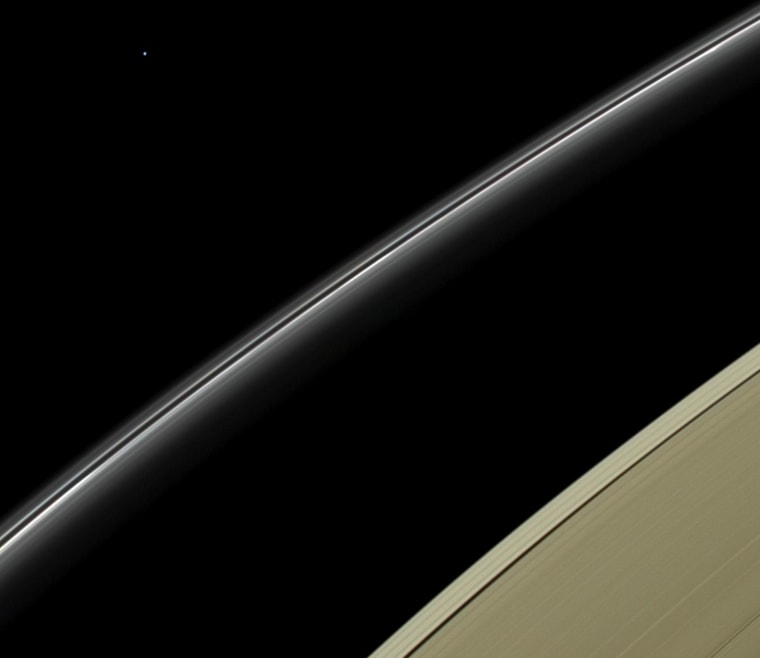 Image: Saturn and Uranus