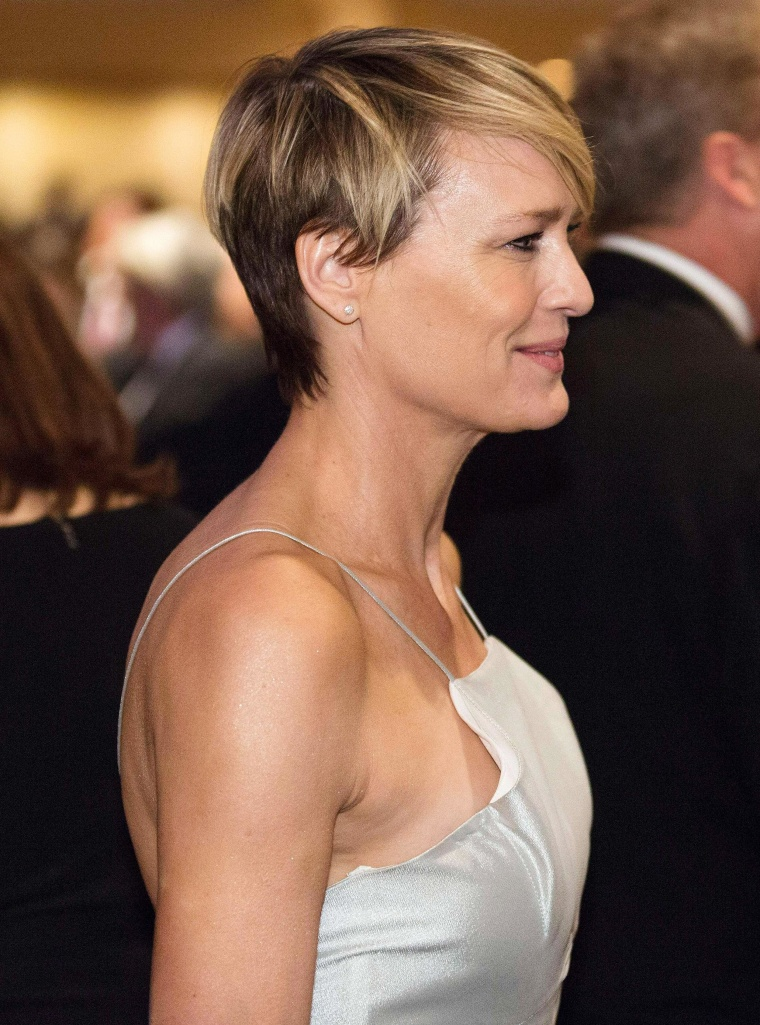 Image: Actress Robin Wright attends the White House Correspondents' Association Dinner